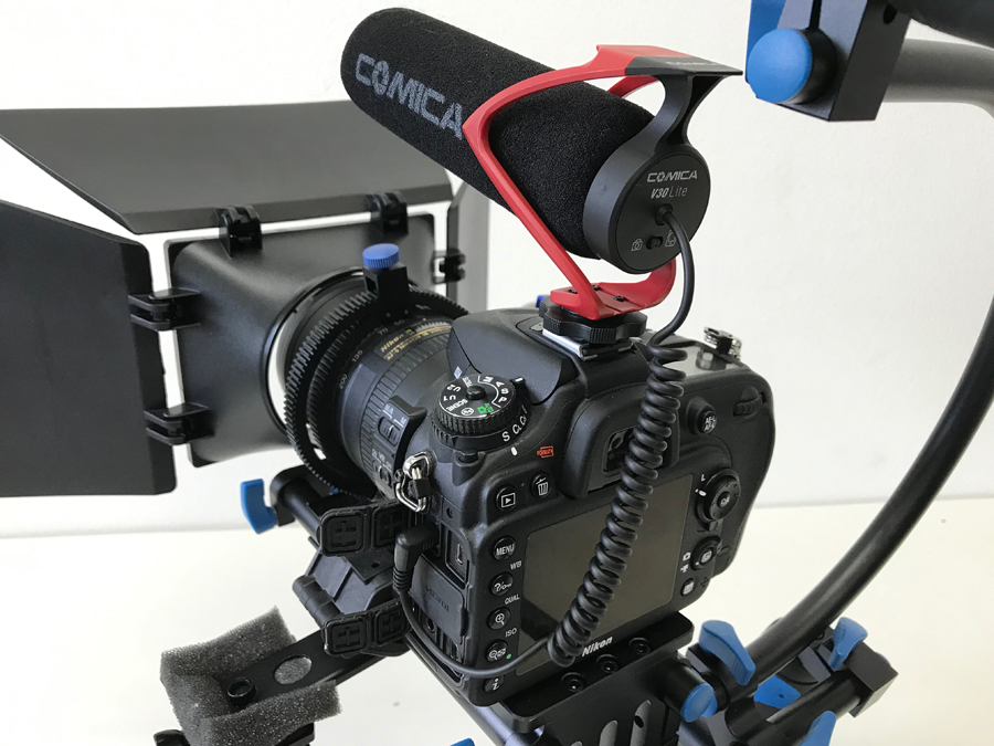 通常のカメラマイク位置