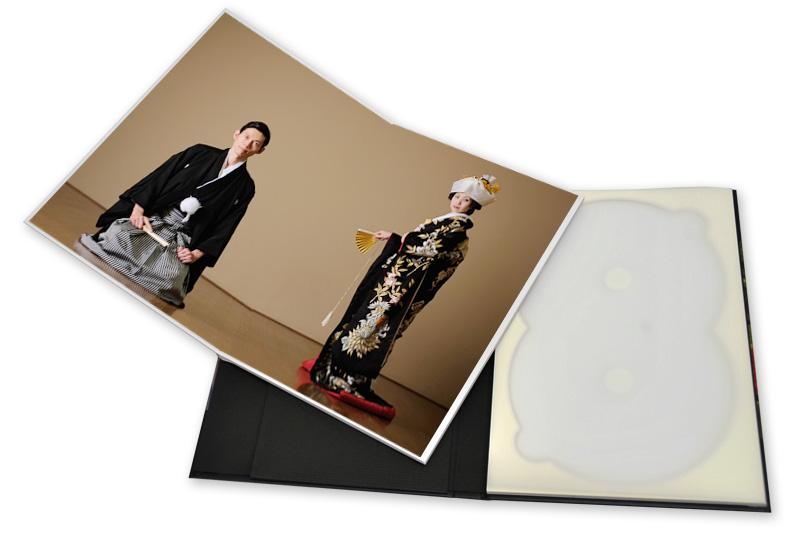 CD/DVDトレイは、1個または2個から選べます。
